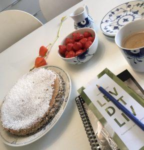 Nøddetærte opskrift og Royal Copenhagen på love2live