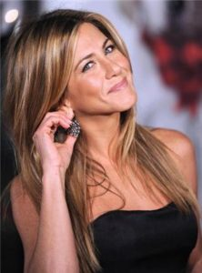 Jennifer Aniston - love2live - Kristina Sindberg - øjenbryn