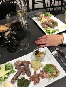 Imponerende Cafe Kongens Have Odense med love2live