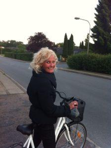 Kristina Sindberg - Sådan tanker du energi - love2live - bedste tips - ud med badevægten