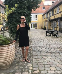 CrossEyes - lovelive - Kristina Sindberg