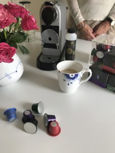 Afkalkning - Nespresso Maskine - Real Coffee - Dansk video guide til afkalkning - Love2Live