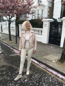 London - 5 Tips Til Din Rejse & Oplevelser - Love2Live - Fynske Influencers - Influencer - Notting Hill - pink trees