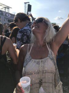 Dans dig glad - grøn koncert - personlig udvikling - Kristina Sindberg - Love2Live - Fynske Influencers - Fyn - Danmark